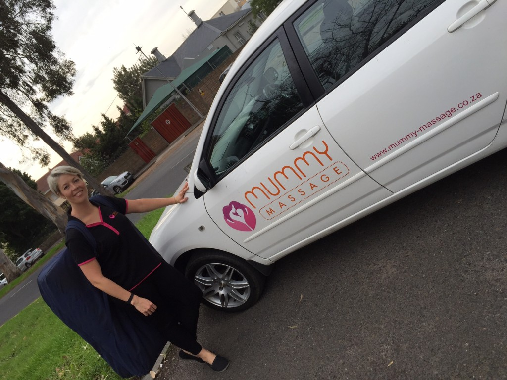 Mummy massage car