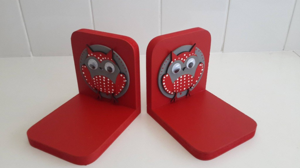 TRD Owl Bookends