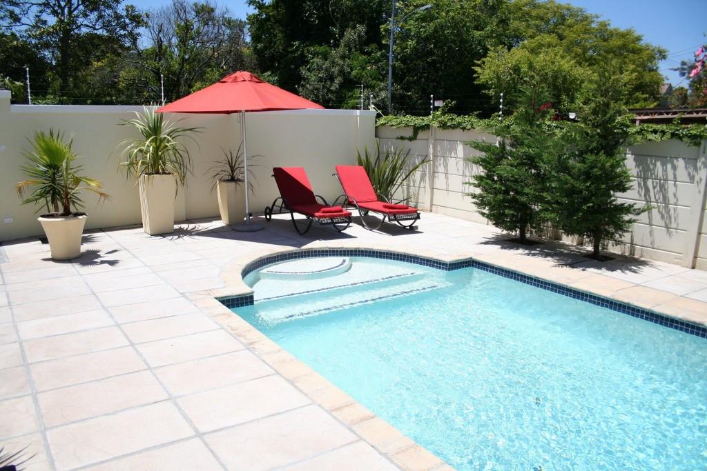 Rouge pool